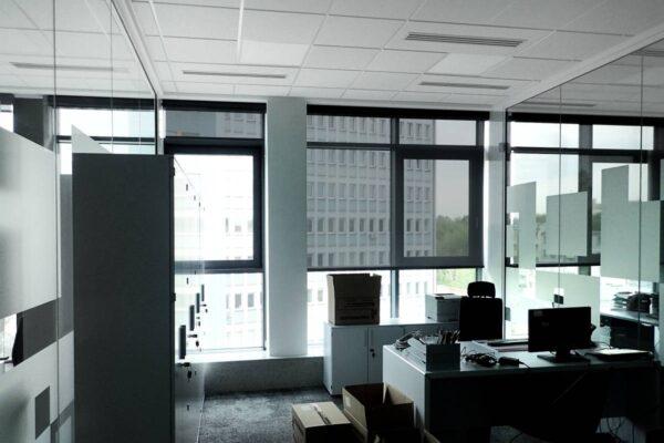 Rolety Lux 70 w biurze